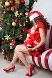 Chéri de allaitement de mère Vacances d'hiver Photos stock