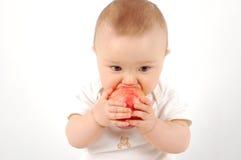 Chéri heureuse avec la pomme #21 Image libre de droits
