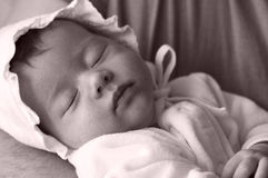 Chéri nouveau-née de dormeur Photographie stock