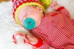Chéri nouveau-née de Noël Photo libre de droits