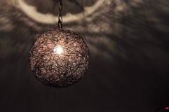 Chłód lampa w zmroku obrazy royalty free