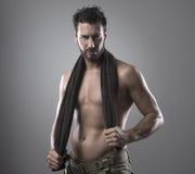 Chłodno bodybuilder pozować Obrazy Royalty Free
