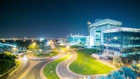 Chłodno lekki nighttime upływ od Dubai centrum zbiory