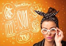 Chłodno nastolatek z lata słońca szkłami i urlopową typografią obraz royalty free
