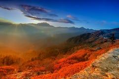 Chłodny zima wschód słońca przy Lunhgthang, Sikkim, Zachodni Bengalia, India Fotografia Royalty Free