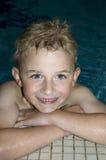chłopak pływa Zdjęcie Stock