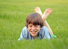 chłopak się śmiać obrazy royalty free
