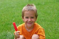 chłopak się uśmiecha Zdjęcia Royalty Free