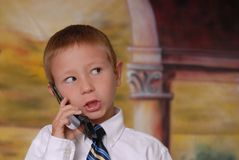 chłopcy 6 telefonu młodych zdjęcie stock