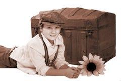 chłopcy antyczny trunk Fotografia Royalty Free