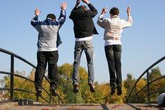chłopcy skaczą zdjęcie royalty free