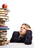 chłopcy stos książek Obrazy Stock