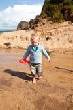 chłopiec łódkowata zabawka Obrazy Stock