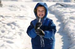 Chłopiec łasowania sopel zdjęcia stock