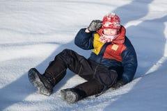 Chłopiec, śnieg Zdjęcie Royalty Free