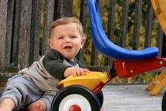 chłopiec bawić się śliczny mały Zdjęcia Stock