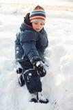 chłopiec bawić się śnieg Fotografia Stock