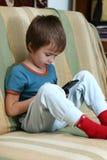 chłopiec gra fotografia stock
