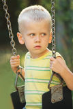 Chłopiec huśtawki Obraz Stock