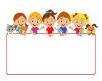 Chłopiec i dziewczyny z zabawkami i ramą Obraz Stock