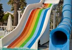 Chłopiec jest zabawę w Waterpark Zdjęcia Stock
