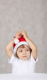 chłopiec kapelusz Santas fotografia royalty free