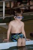 chłopiec lekcyjny pływania zabranie Obraz Royalty Free