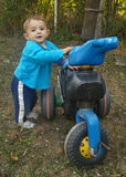 chłopiec motocykl Fotografia Royalty Free