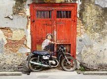 Chłopiec na roweru malowidle ściennym Obraz Stock