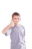 Chłopiec nastoletni przedstawienia cool ręka znaka Obraz Royalty Free
