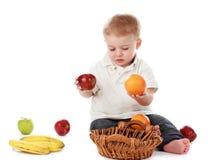 chłopiec owoc obrazy royalty free