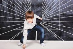 Chłopiec przygotowywająca bieg Fotografia Royalty Free