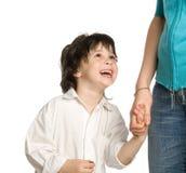 chłopiec ręki mienia liitle matki s życzenie Obrazy Stock