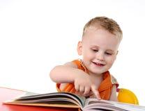 chłopiec read studia zdjęcie royalty free