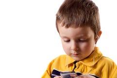 Chłopiec słucha muzyka obraz stock