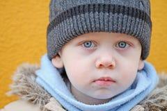 Chłopiec spojrzenia. Zakończenie Zdjęcia Stock