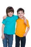 chłopiec szczęśliwy dwa potomstwa obrazy royalty free