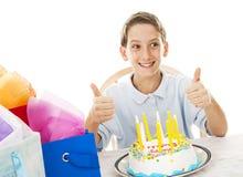 chłopiec urodzinowy thumbsup zdjęcia stock