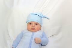 Chłopiec w błękicie nakrętka Fotografia Royalty Free