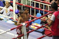 Chłopiec walczyć tajlandzki zdjęcie royalty free
