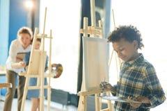Chłopiec z paletą fotografia royalty free