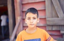 Chłopiec z pięknymi zielonymi oczami obrazy stock