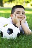 CHŁOPIEC Z piłki nożnej piłką Obrazy Stock