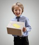 Chłopiec z prezentem zdjęcie stock