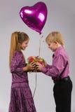 chłopiec balonowa dziewczyna Zdjęcia Royalty Free