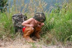 chłopiec ciekawa Zdjęcie Royalty Free