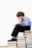 chłopiec czytanie Obraz Royalty Free