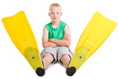 Chłopiec jest ubranym flippers Obrazy Royalty Free