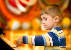 chłopiec pianina sztuka Fotografia Royalty Free