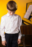 Chłopiec pianino Fortepianowy gracz Obraz Royalty Free
